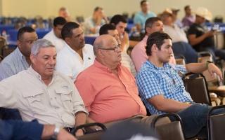Lacthosa lanza proyecto Agroservicios Sula para apoyar al sector ganadero