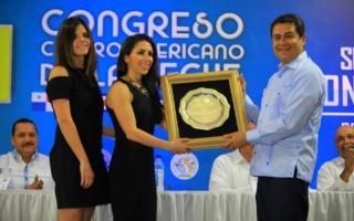 Sula recibe reconocimiento por impulsar el sector lácteo