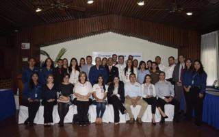 Lacthosa firma alianza con más de 30 empresas